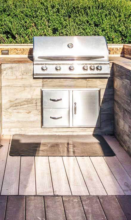 New Edge Lawns & Landscape    Outdoor Kitchen